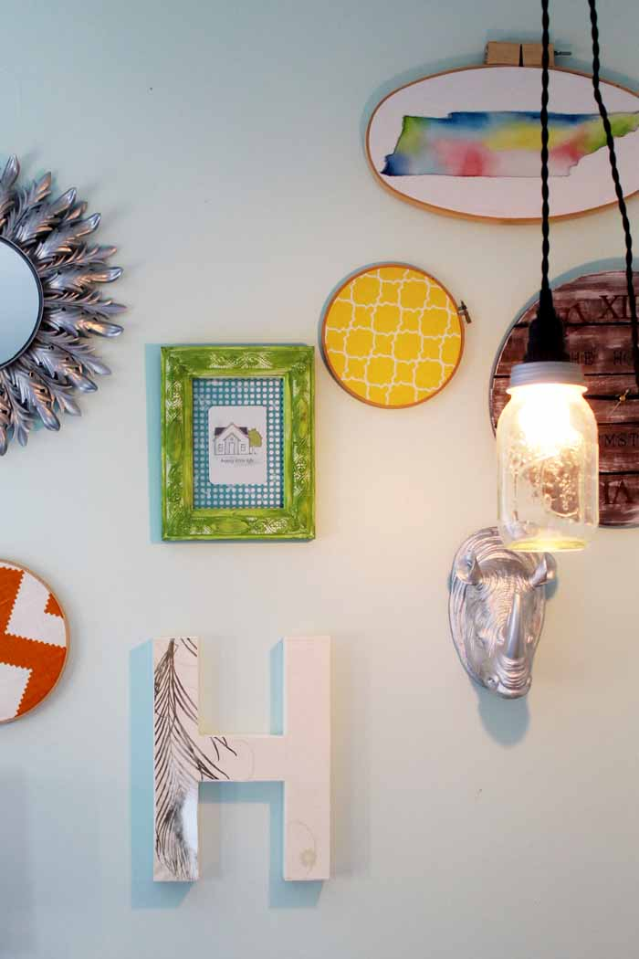 Make DIY mason jar lights in just minutes! A super easy tutorial for a pendant light!