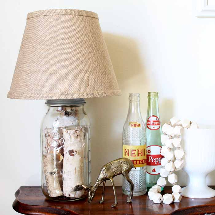 Mason Jar Table Lamp   You Can Make Your Own Version In Just Minutes!