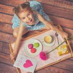 Ideas for Mother's Day - crafts that take 15 minutes or less that mom will love!