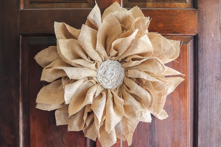 flower wreath from burlap