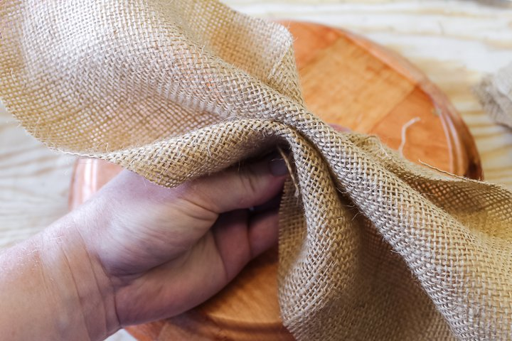 how to fold burlap into flower petals
