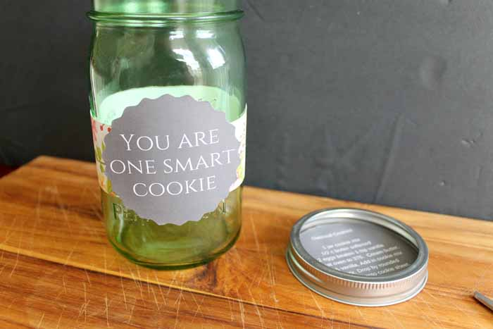 Make these oatmeal mason jar cookies for any occasion! Give the gift of cookies in a jar!