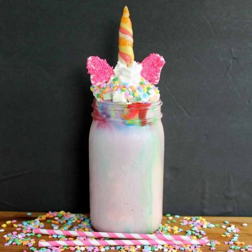 Make this unicorn drink for your kids! It is the ultimate milkshake!