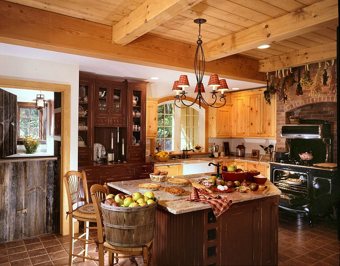 Antique Appliances: Using them in today's home for a rustic farmhouse feel!