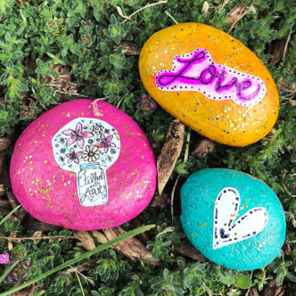 Easy Decorative Garden Stones