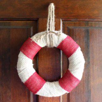DIY Burlap Wreath:  Beach Themed