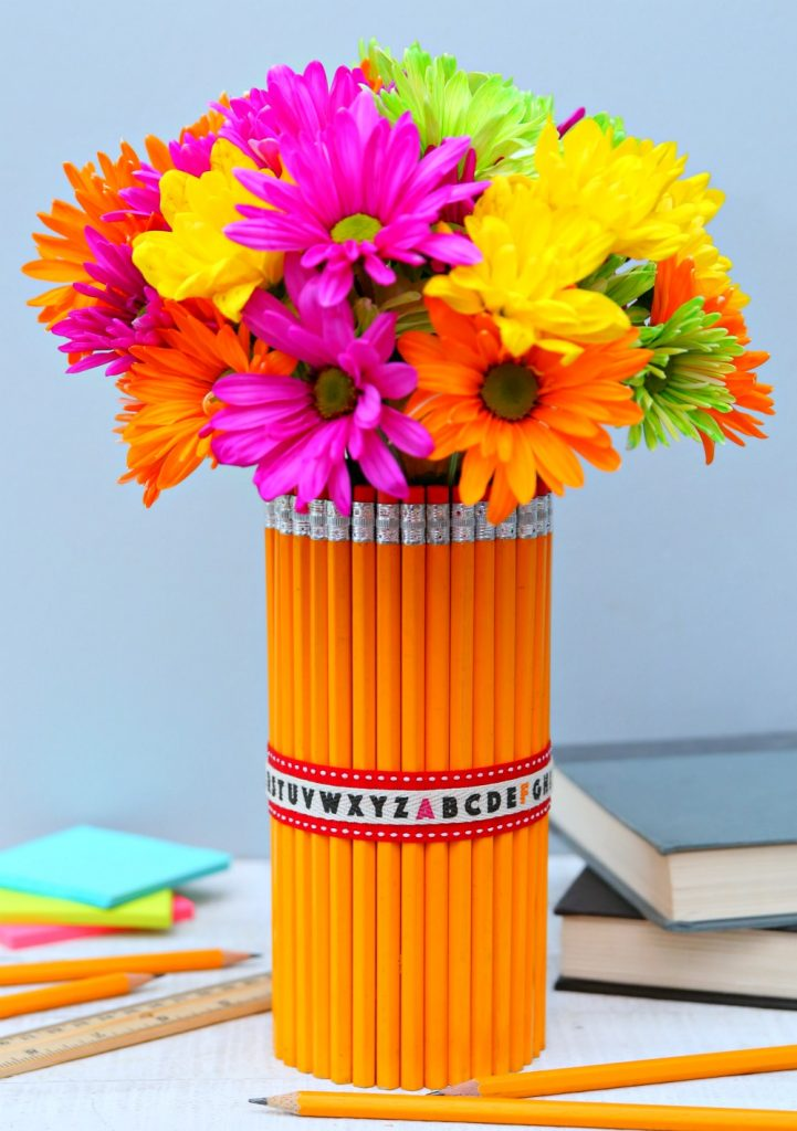 Quick and easy back to school crafts!