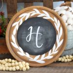 Make a rustic chalkboard for your farmhouse style home with this tutorial!