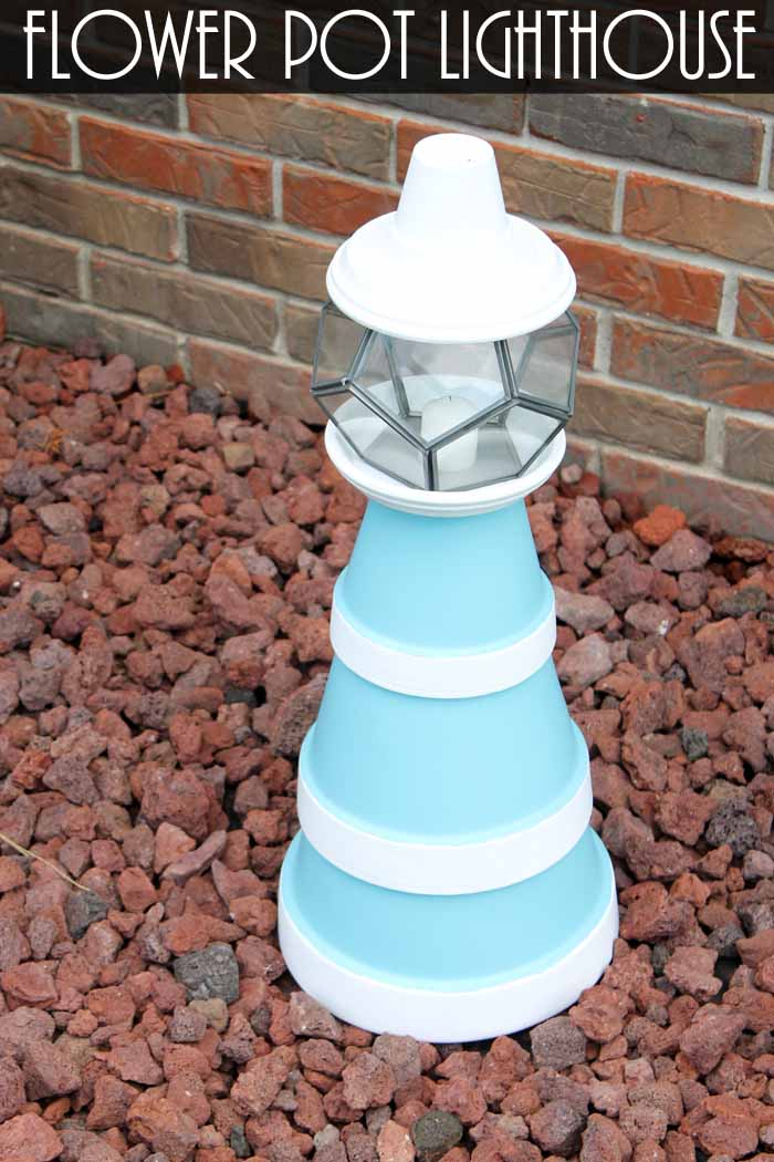 Flower pot lighthouse make your own the country chic for Small clay flower pots