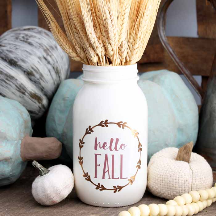 Make decorative glass jars for fall with this simple tutorial! These have great farmhouse style!