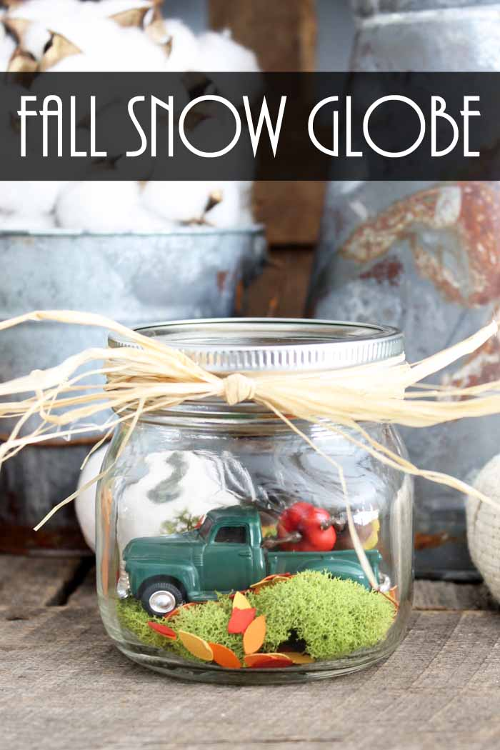 Make this fall snow globe! An adorable indoor fairy garden for autumn!