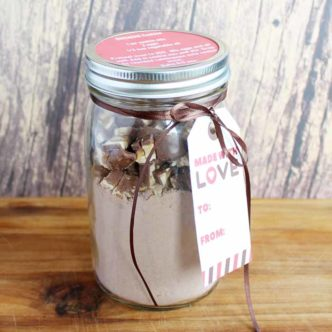2 Ingredient Cookies in a Jar:  An Inexpensive Gift Idea