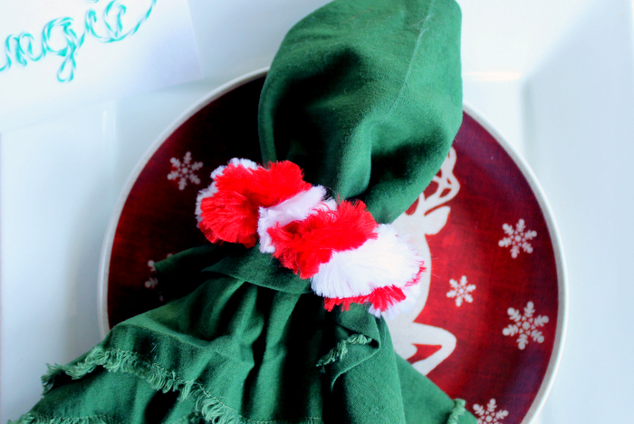 5 Christmas Napkin Rings - ideas to make for your holiday tablescape.