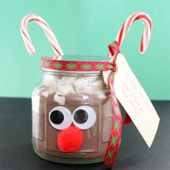 Hot Chocolate in a Jar Gift Idea
