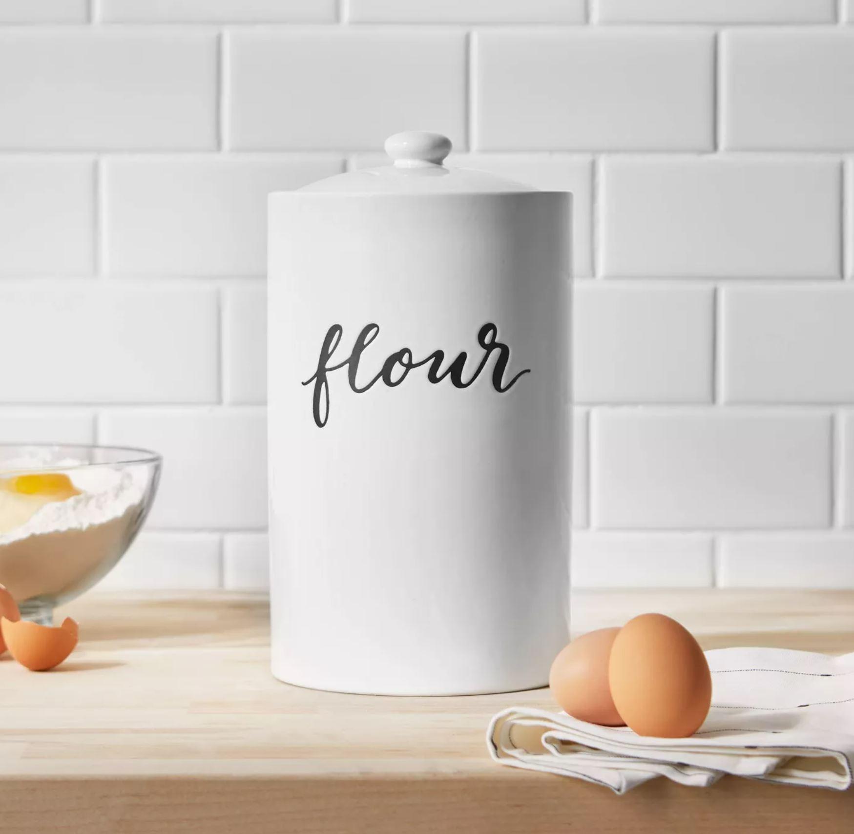 flour canister