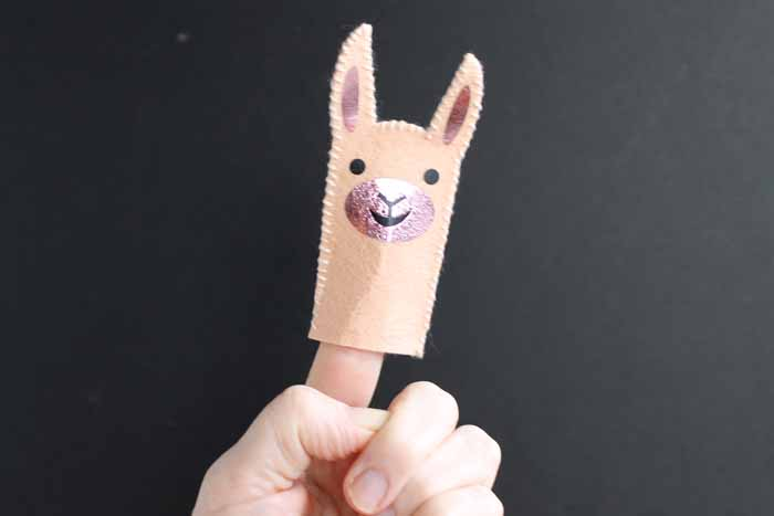 Make this smiling llama finger puppet for your little one with this quick and easy project using your Cricut machine!