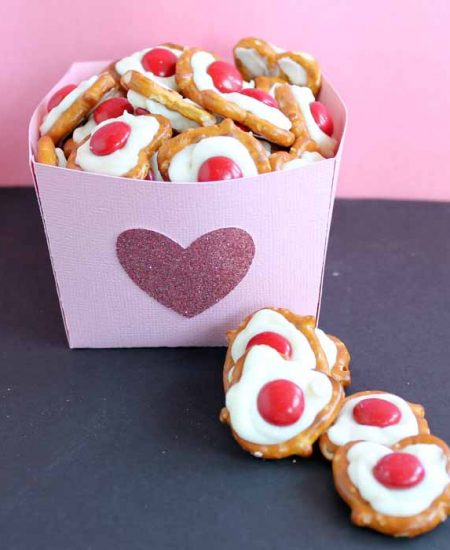 cute idea for valentine's day treats