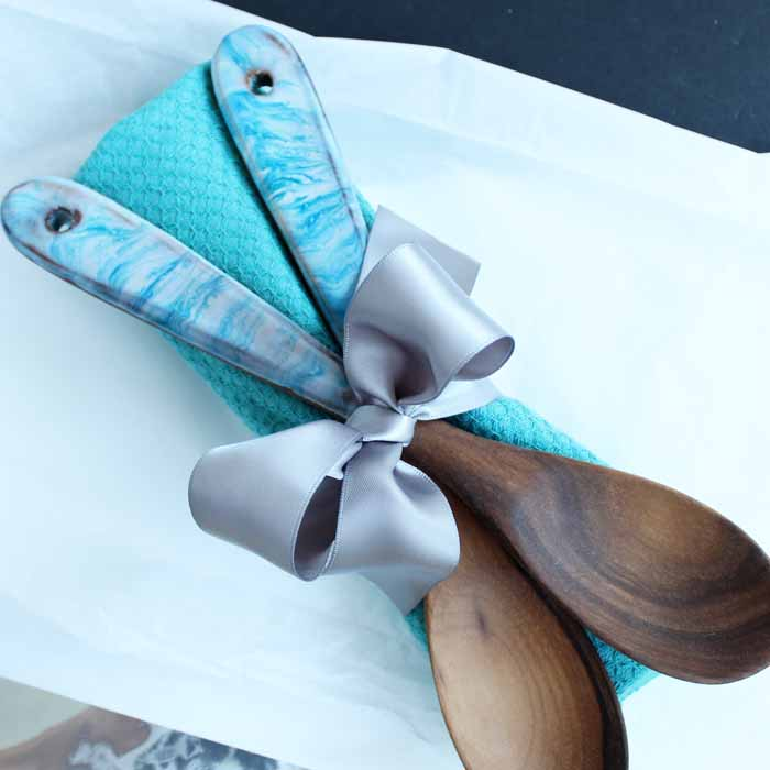 Make these decorated wooden spoons for your home or as a gift idea! Perfect for Mother's day, birthdays, and more!