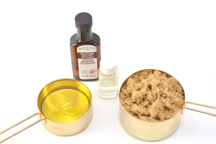 Whip up a batch of brown sugar scrub with apple butter for all natural exfoliating your skin will love!
