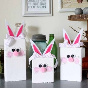 Make these Easter bunnies from scrap wood! A quick and easy spring craft idea!