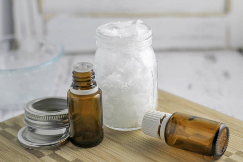 Looking for natural remedies for cough and cold? Try this homemade vaporizing rub made with all natural ingredients including essential oils!
