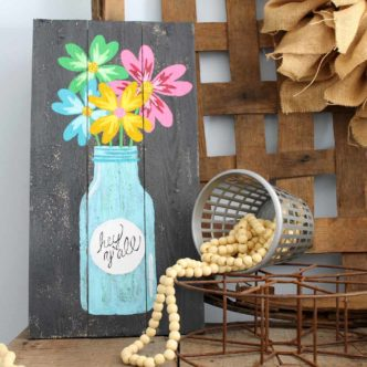 Painted Pallet Mason Jar Art