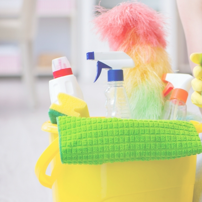 7 cleaning supplies to throw out now - begin your declutter in with your cleaners! #clean #cleaners #declutter #organize