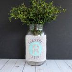 Graduation centerpieces made with the new curved text feature in Cricut Design Space! Oh so easy to make!