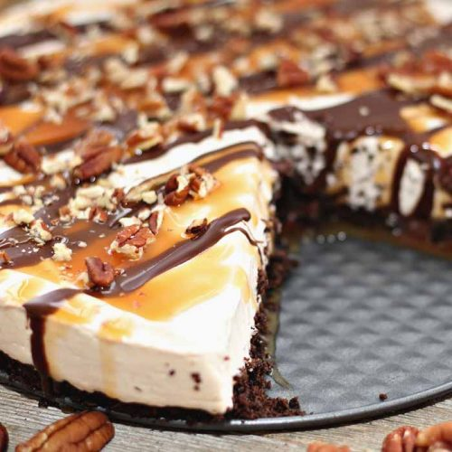 cheesecake with chocolate and caramel