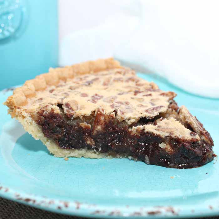 Dive into this chocolate chip pecan pie! A delectable dessert recipe!
