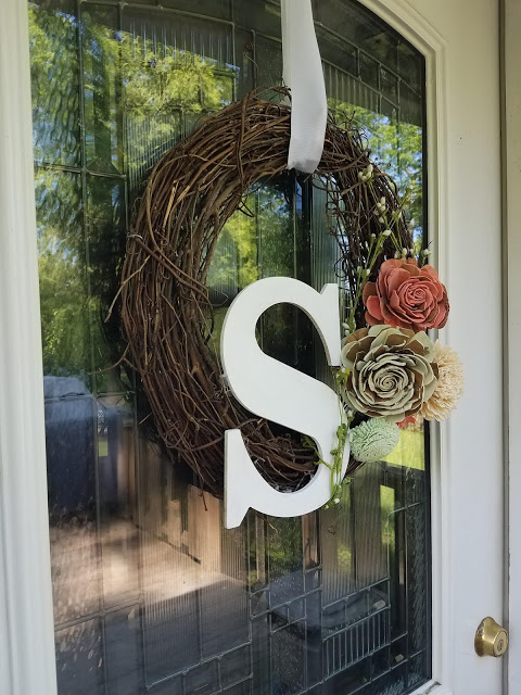 Quick and easy spring wreath