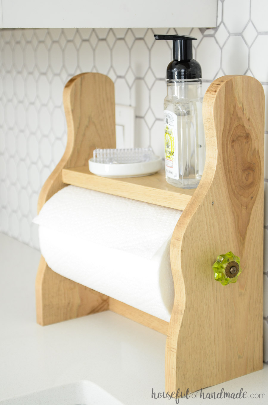 quick and easy crafts farmhouse style paper towel holder