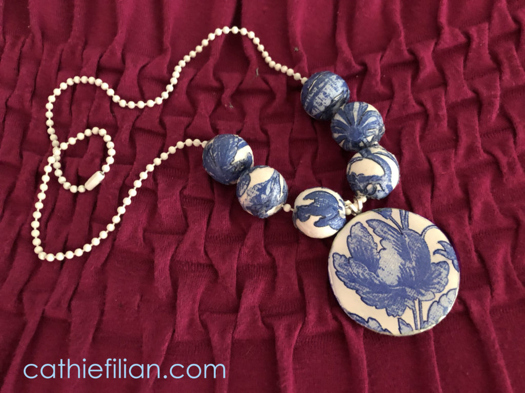 quick and easy crafts mod podge jewelry with napkins