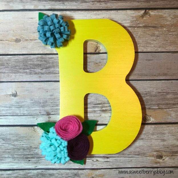 quick and easy crafts monogram with flowers