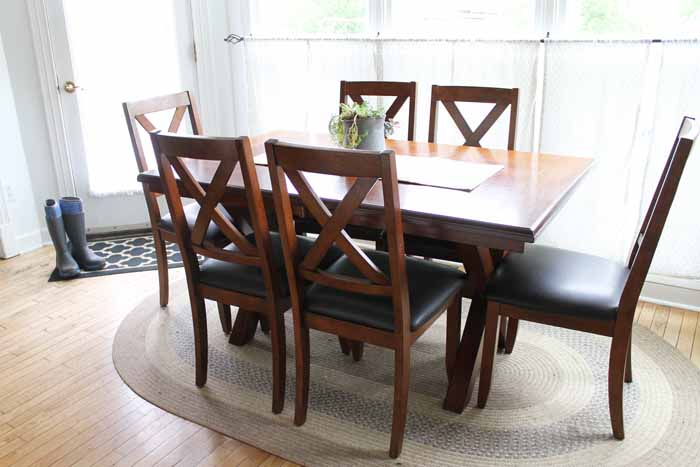 A farm kitchen table that is stylish and affordable!