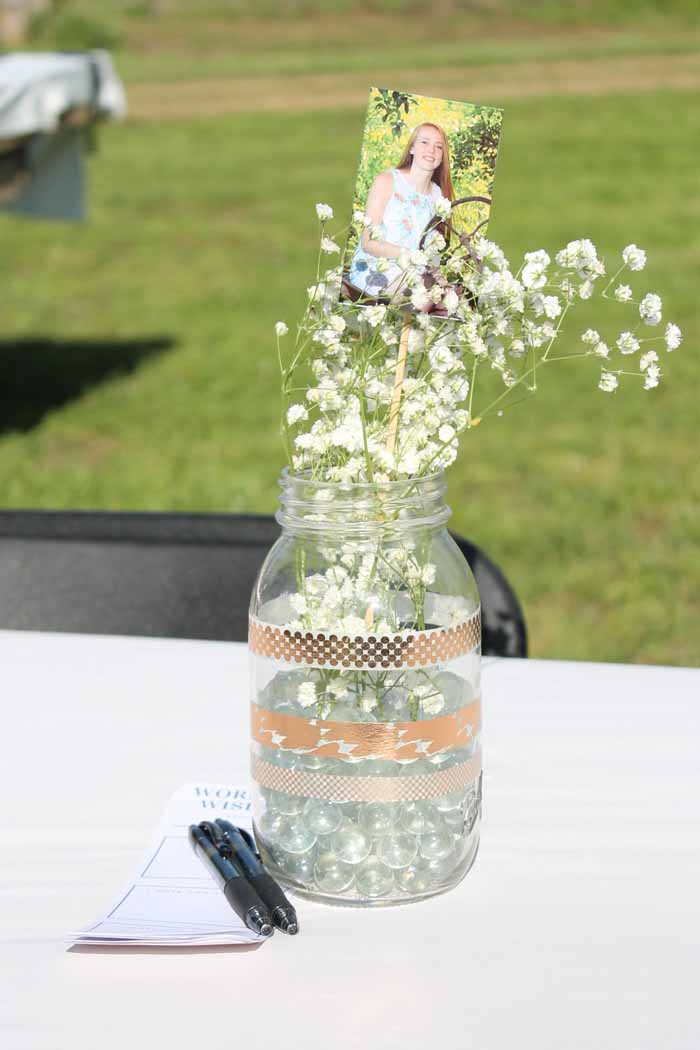 mason jar vase for a graduation party