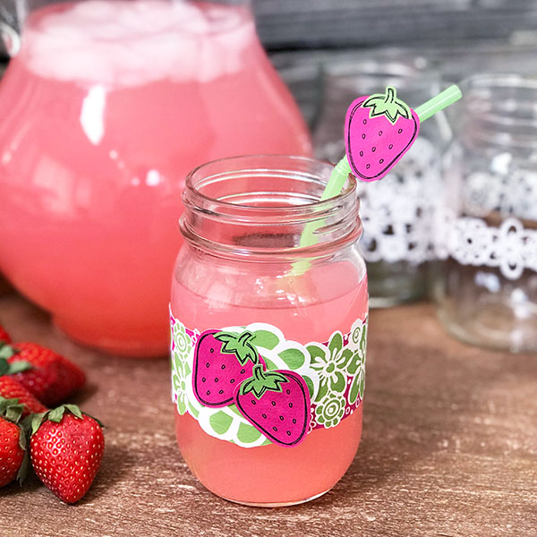 Add this strawberry decor to your next party! Cut drink wraps and decorative straws!