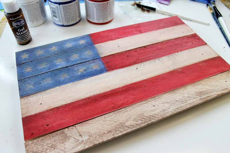 Making a rustic flag for your Americana decor.