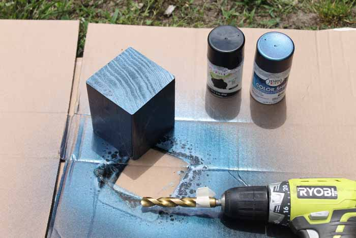 Make a Father's Day gift with Testors color shift paint.