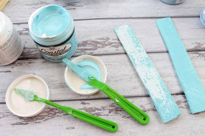 how to use coastal paint for a worn beach finish