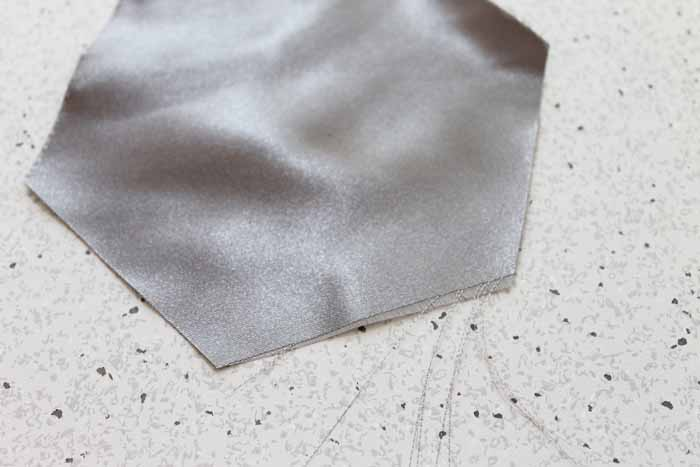 how to cut satin and delicate fabric with the cricut maker