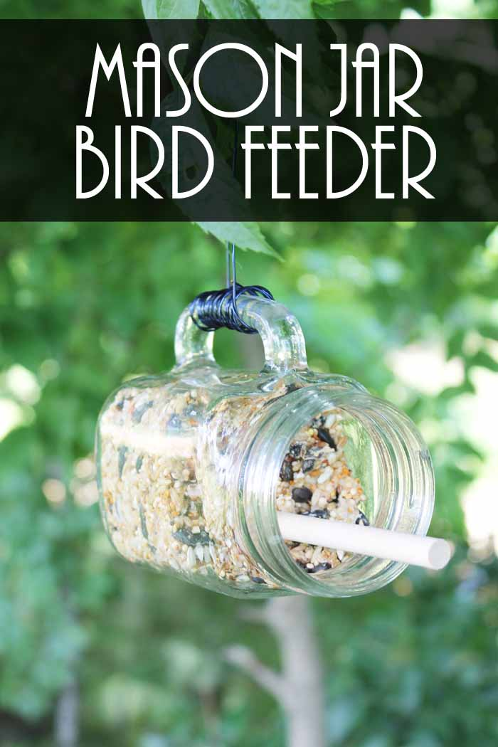 Make a DIY mason jar bird feeder in minutes! The perfect addition to your summer outdoor decor!