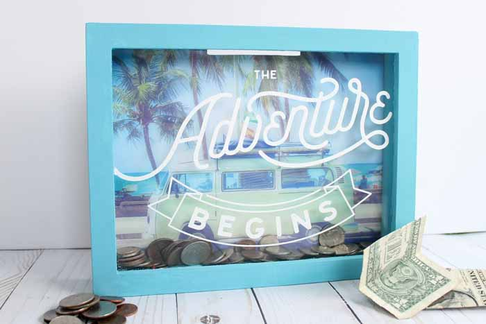 Make a travel fund money box in just minutes with this super simple tutorial! Uses Chalk Couture for making professional looking crafts in minutes with no machine required!