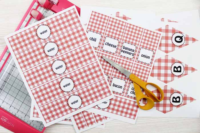 Set up your hot dog bar with these free label printables for drinks, condiments, and more