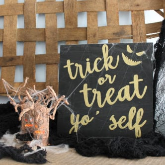 Halloween Signs and Testors Crafternoons