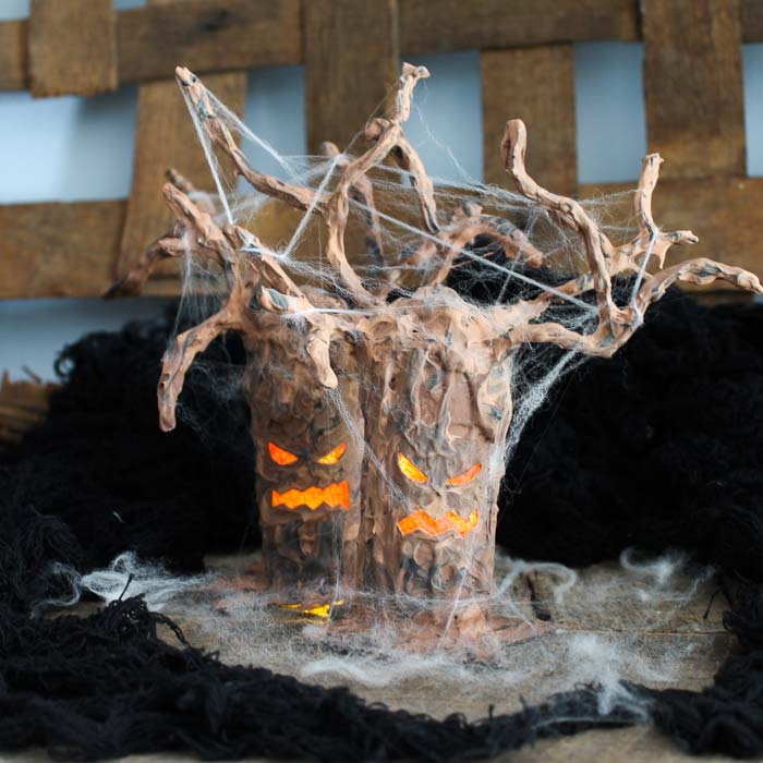scary halloween tree
