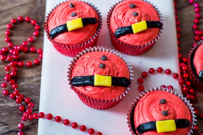 santa\'s belly cupcakes