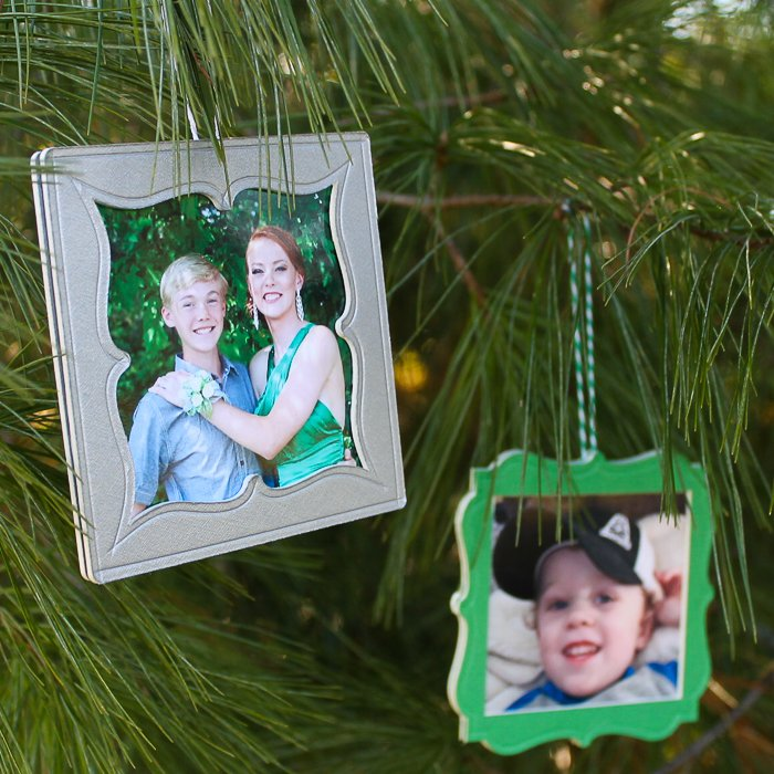 Make frame ornaments with your Cricut and mat board! Add scoring lines for additional detail! #cricut #cricutmade