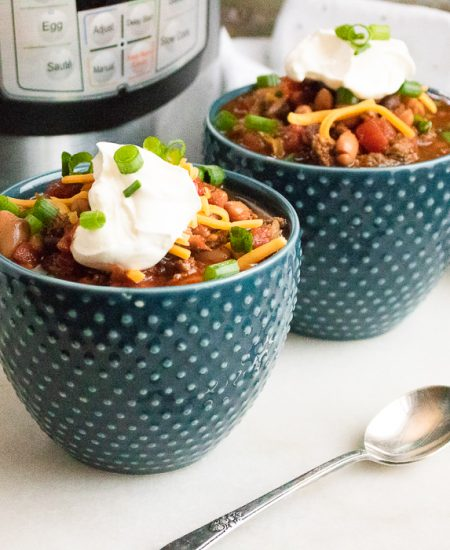 instant pot chili in a bowl
