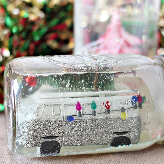 Learn how to make a snow globe from a mason jar! #masonjar #christmas
